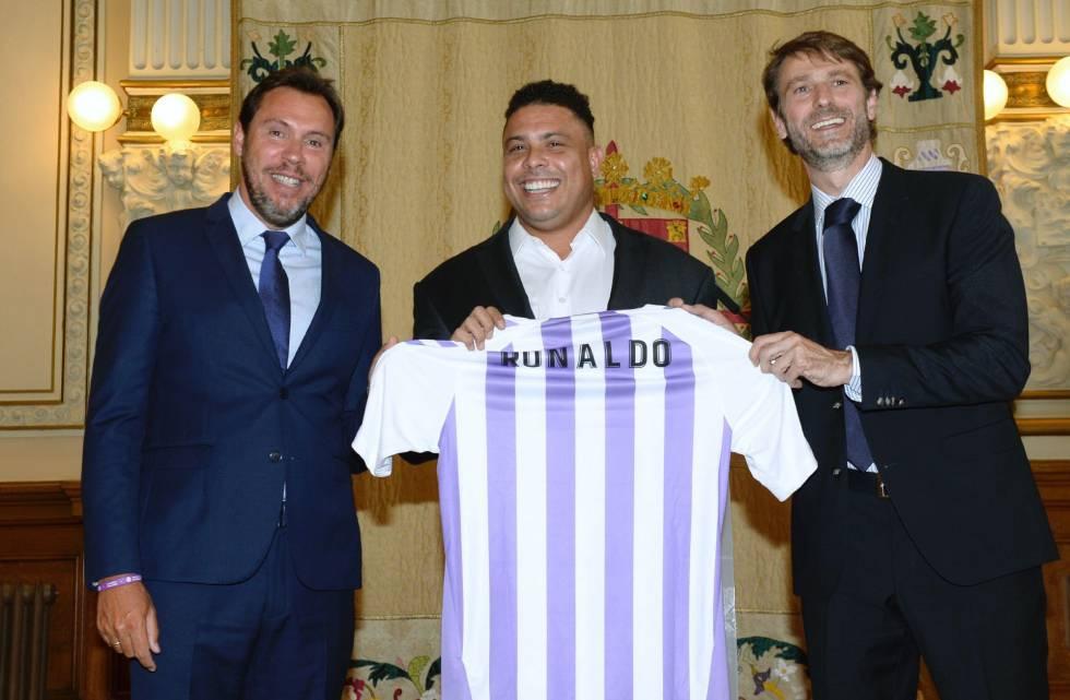 bb7af7eeba Ex-atacante Ronaldo compra o Real Valladolid