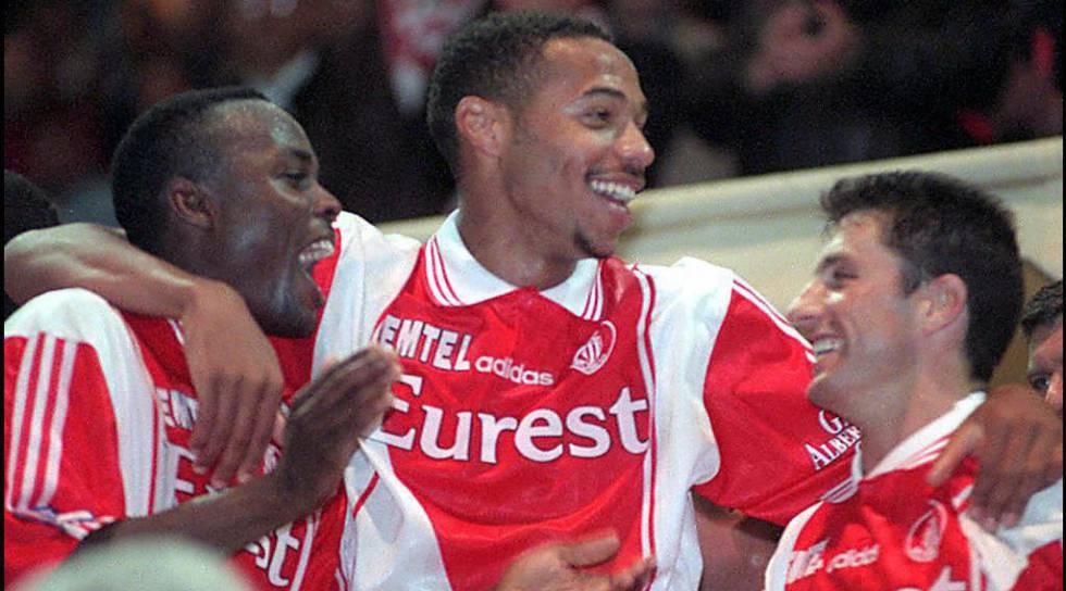 Thierry Henry como jugador del Mónaco en 1997.