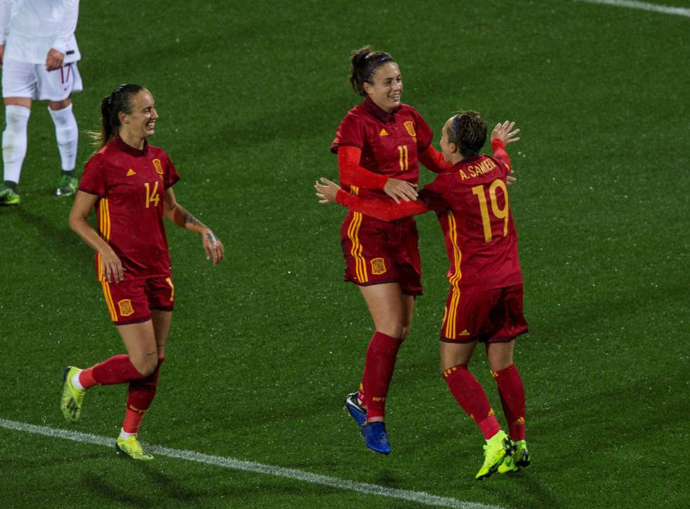bd64b46f7e363 España derrota a Polonia en el primer amistoso de preparación hacia ...