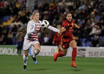 Noticias sobre Seleccion española fútbol femenino  ea7ade6e7d1e1