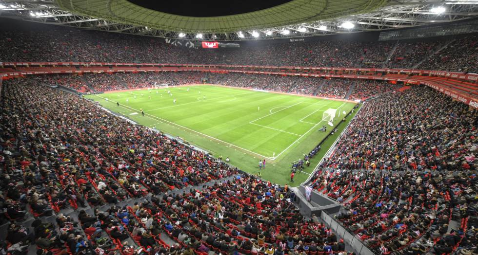 Women s soccer in Spain  Record-breaking turnout for women s soccer ... 104cfd8dd806a