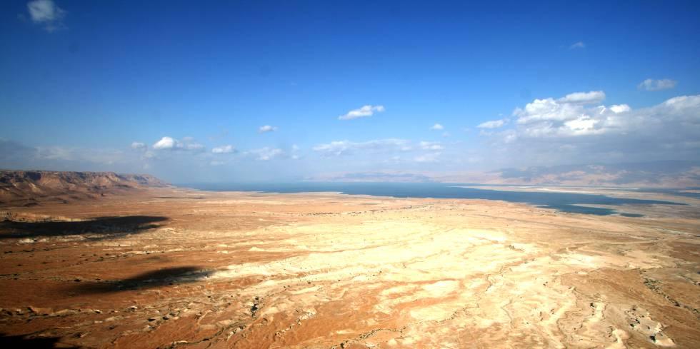 Vista del Mar Muerto desde la fortaleza de Masada.