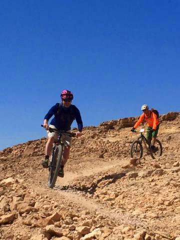 El autor, en el tramo Samadar-Shaharut del Israel Bike Trail.