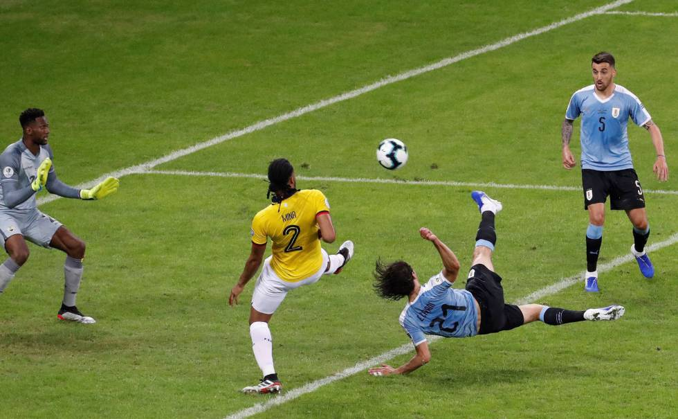 Uruguay muestra músculo ante Ecuador