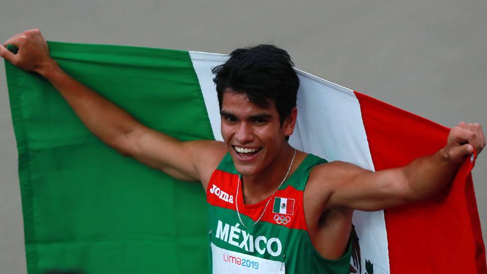 José Carlos Villarreal, al ganar su prueba en Lima.