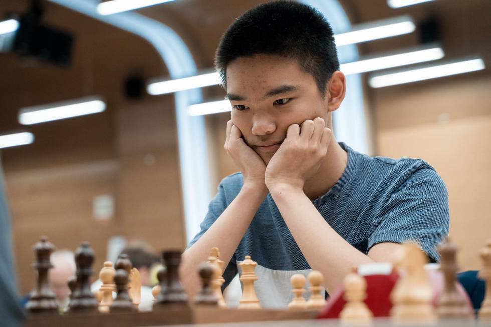 Jeffery Xiong, de 18 años, durante el desempate de hoy en la Copa del Mundo