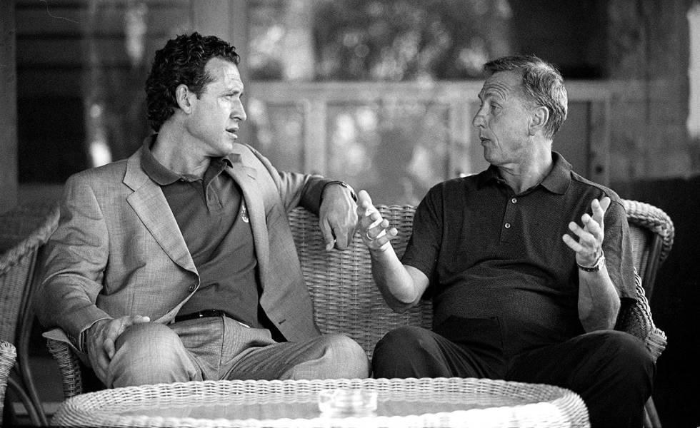 Meeting between Johan Cruyff and Jorge Valdano at the Muntanyá Hotel in Barcelona in July 2000.