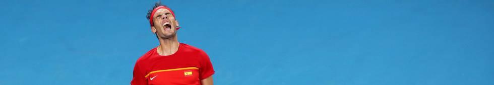 Nadal se lamenta durante el partido ante Djokovic.
