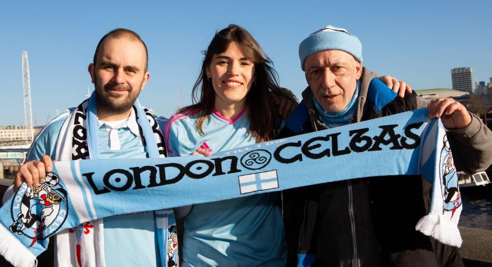 Maria Sabaris von Peña London Celtas zusammen mit zwei weiteren Partnern: Präsident Breogán Pereira (links) und Xosé Rodríguez.