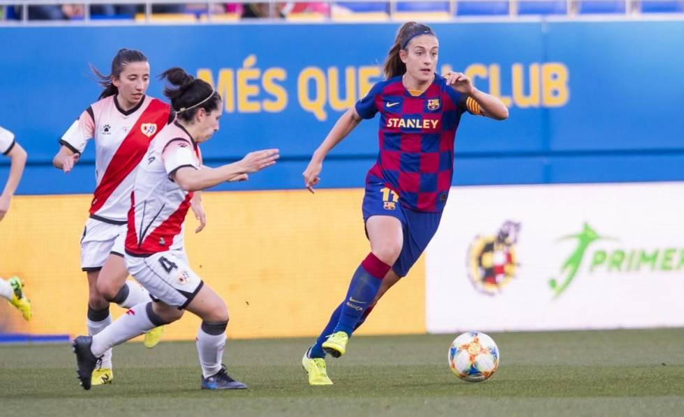 Pereira controla un balón en el Barça-Rayo.