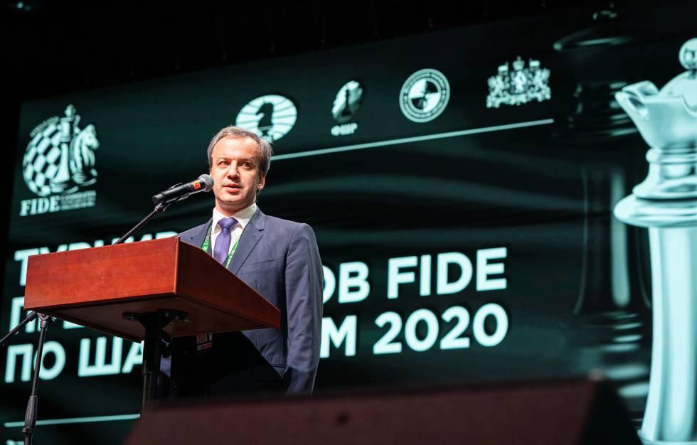 El presidente de la FIDE, Arkady Dvorkóvich, el pasado día 16 durante la inauguración del Torneo de Candidatos en Yekaterimburgo