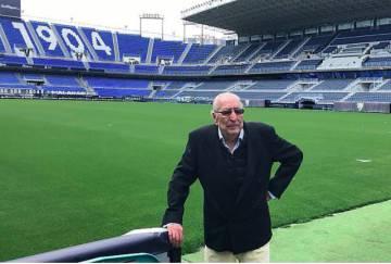 Andrés Perales en el estadio de La Rosaleda.
