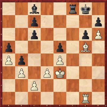 En una posición ya muy inferior por sus errores anteriores, Carlsen jugó aquí 32 ...Rf7, que permite pasar a un final totalmente ganado por las blancas tras 33 Tf1+