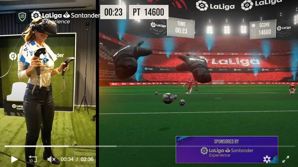 Una invitada a LaLiga Experience prueba el juego de realidad virtual que Orwell personalizó para LaLiga Santander durante la pasada temporada.