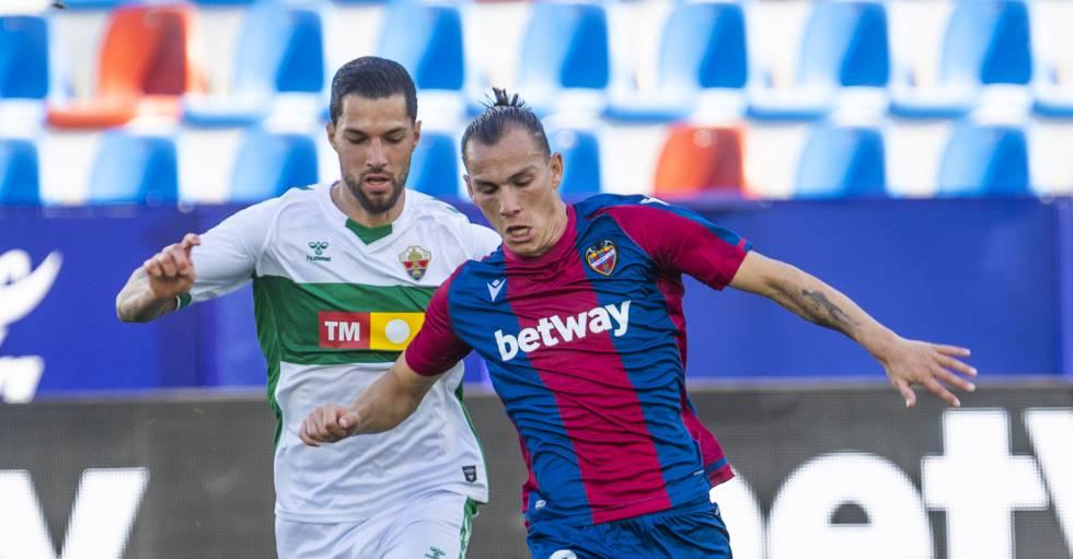 El futbolista del UD Levante, Francisco Javier Hidalgo 'Son'.