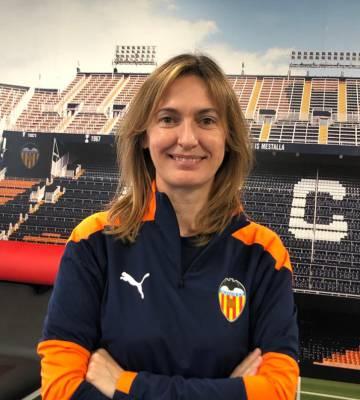 La doctora de la primera plantilla del Valencia CF, Cristina Pérez.