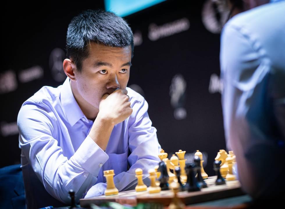 Liren Ding, durante su partida de hoy con Vachier-Lagrave