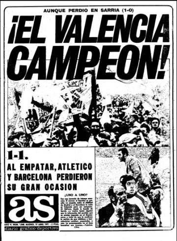 Cover of the newspaper AS with the famous image of Di Stéfano at the bottom right.