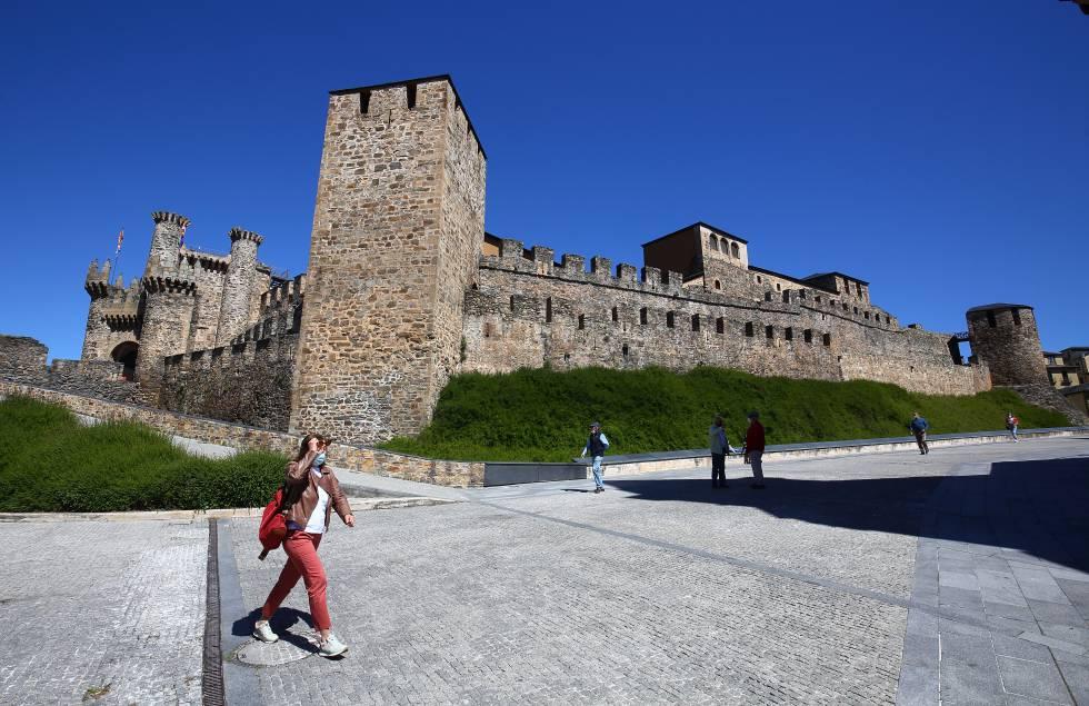 El Castillo Templario es un símbolo de Ponferrada y también aparece en el escudo del equipo local, fundado en 1922.