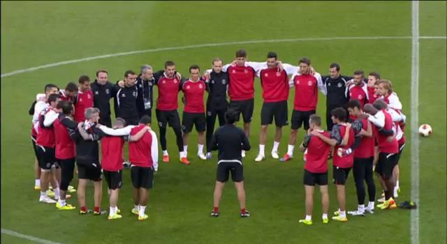 El Sevilla mide su pasión con la historia