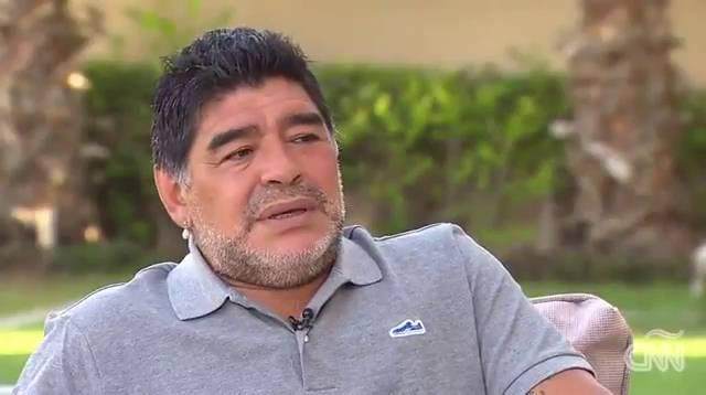 """Maradona, sobre Messi: """"Mis goles eran más lindos"""""""