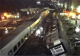 Dos En De Y 91 Trenes Muertos Choque Heridos Tarragona Un 2eH9IEbDWY
