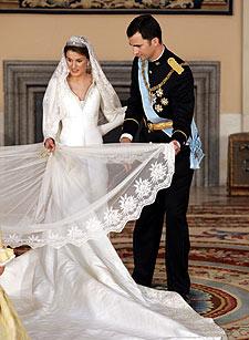 Modisto traje novia princesa letizia