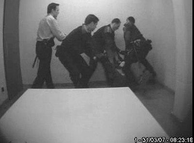 Двох патрульних звільнено після службового розслідування у зв'язку із застосуванням фізичної сили до громадянина в Сумах, - Білошицький - Цензор.НЕТ 3467