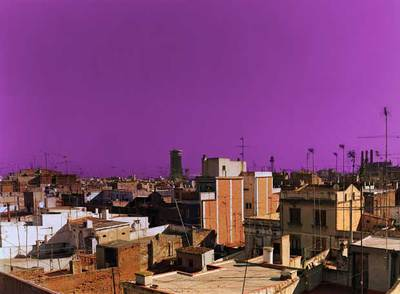 True stories 11  (2001), el cielo de Barcelona según Hannah Collins (Galeria del's Angels).