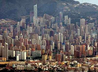 Madrid y barcelona han superado en tres a os a benidorm en Hoteles en barcelona ciudad
