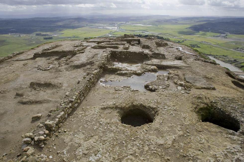 Los restos del castillo de medina sidonia edici n for Medina motors pueblo co