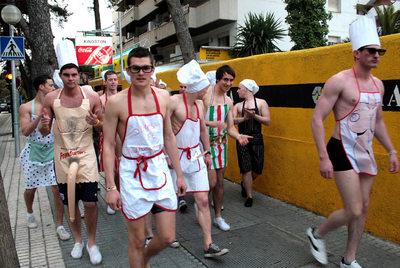 El turismo de borrachera enfrenta a salou con la generalitat edici n impresa el pa s - Oficina endesa tarragona ...