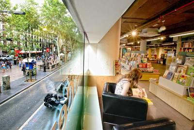 Casa del llibre se vuelve 39 ramblera 39 edici n impresa el pa s - Casa del libro barcelona rambla catalunya ...