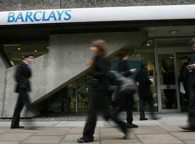 Barclays gana un 10 m s hasta junio gracias a su divisi n for Barclays oficinas madrid