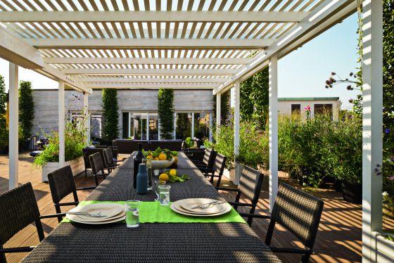 Para reducir el calor el secreto est en la lona for Cual es el techo mas economico para una casa