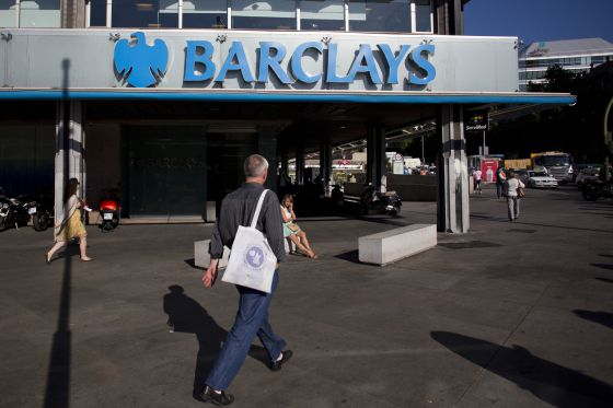 Caixabank presenta una propuesta para comprar barclays for Oficinas caixabank madrid