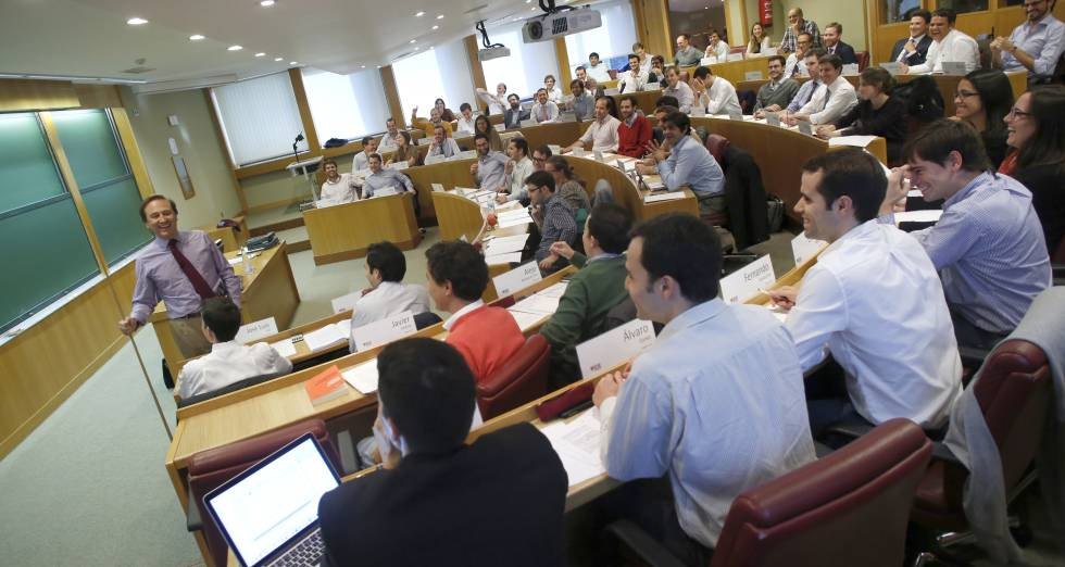 Una clase de un MBA en el IESE Business School en Madrid, el 26 de abril de 2015.