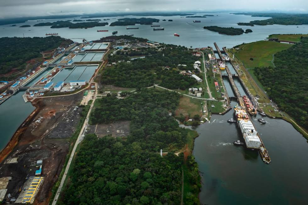 Aerial photo of old and new locks in the Panama Canal.
