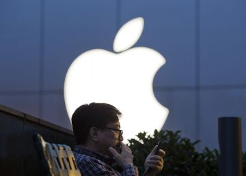Apple reduce un tercio el beneficio