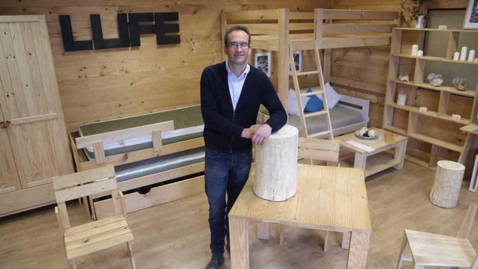 Muebles Lufe: La cama de 30 euros que triunfa \'online\' | Economía ...