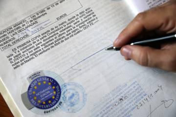 Los notarios manejan millones de documentos con información sensible.