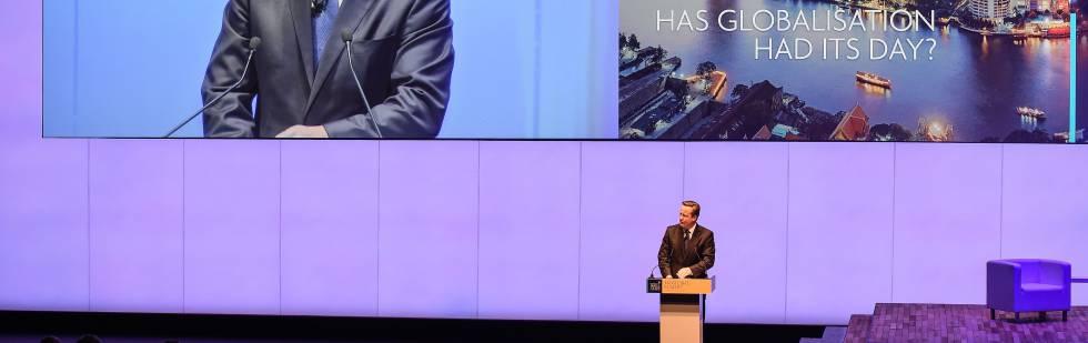 El exprimer ministro británico, David Cameron, durante la Cumbre Global de la WTTC en Bangkok (Tailandia).
