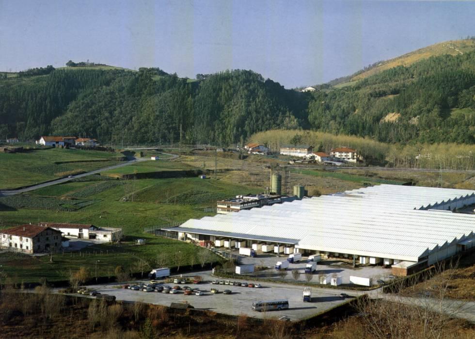 Vista de la planta de Muebles Xey en Zumaia (Gipuzkoa).