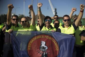 Manifestación de estibadores en Sevilla.