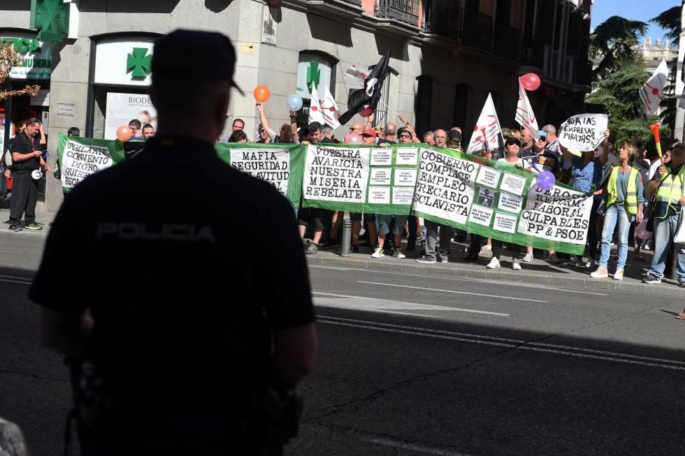 Concentración de vigilantes del Ministerio de Defensa el pasado día 13 en Madrid.