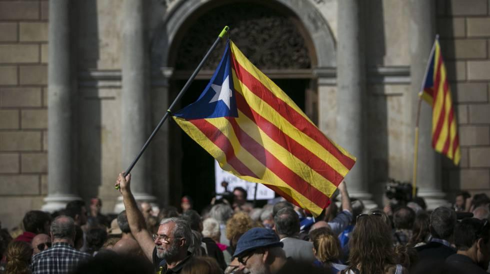 Marxa per la Unitat, la Reconciliació i la Independència 1509730741_026112_1509731335_noticia_normal