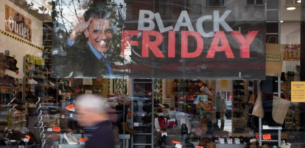 Un escaparate en el 'Black Friday'.