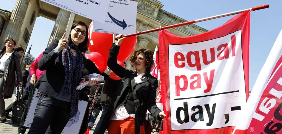 Protesta por la desigualdad salarial en Berlín.