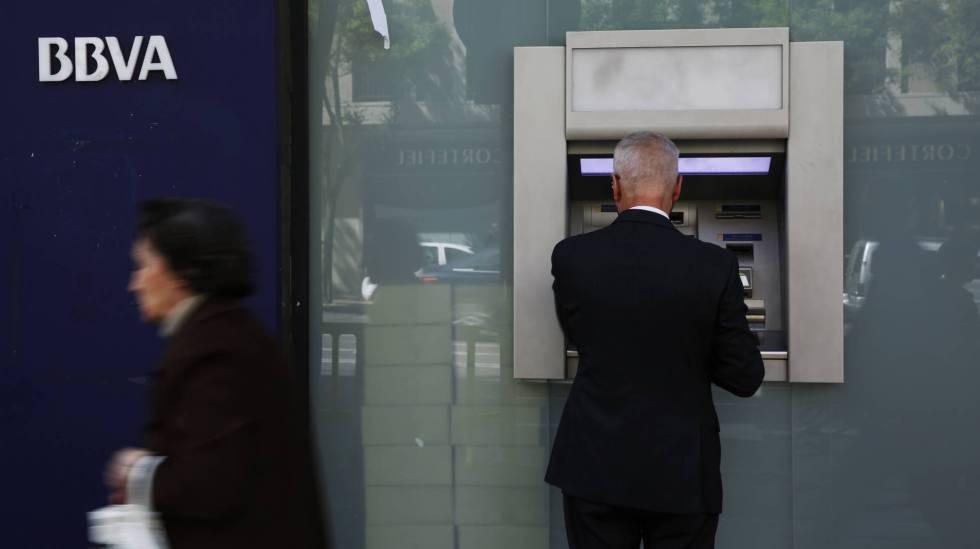 Bbva sabadell y santander perdieron millones en for Santander cajeros madrid