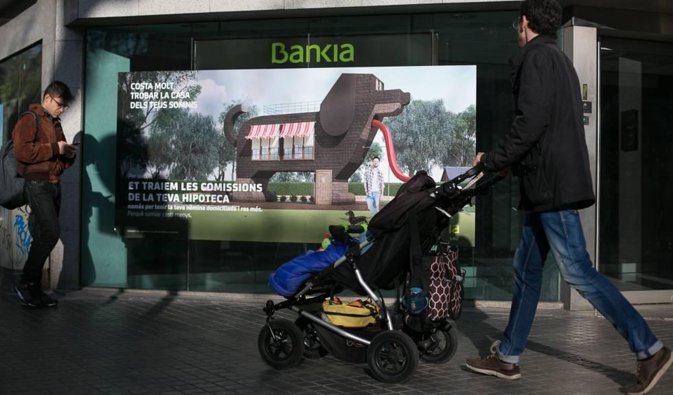 Los sindicatos temen que bankia cierre casi el 20 de las for Oficinas de bankia en zaragoza